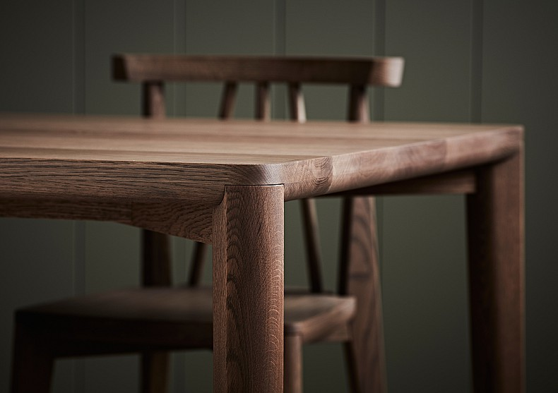Sika Dining Table 2 - TIDE Design