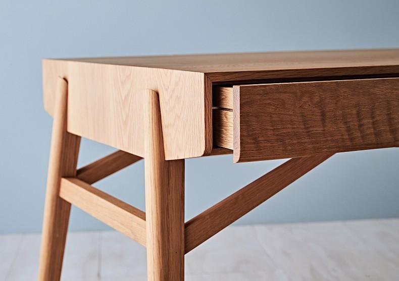 Tide Design Tuki Desk