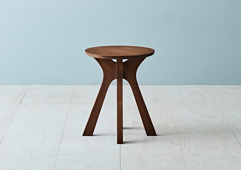 Lyssna stool  - TIDE Design